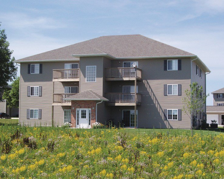 Best 1 Bedroom Apartments In Iowa City Coralville Keokuk Street Apartments For Rent Iowa City Ia With Pictures