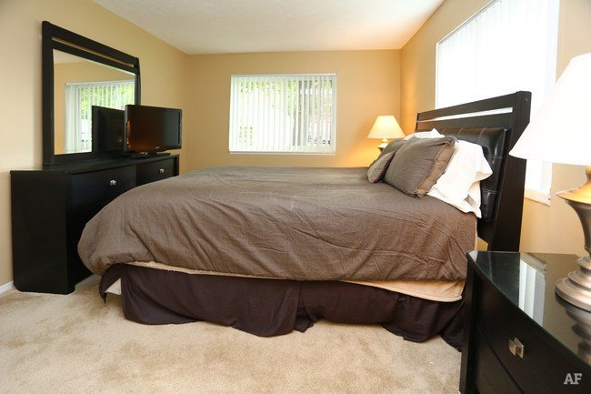 Best N*B Hill Apartments Syracuse Ny Apartment Finder With Pictures