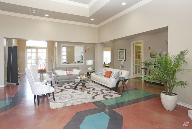 Best The Edge Lubbock Tx Apartment Finder With Pictures