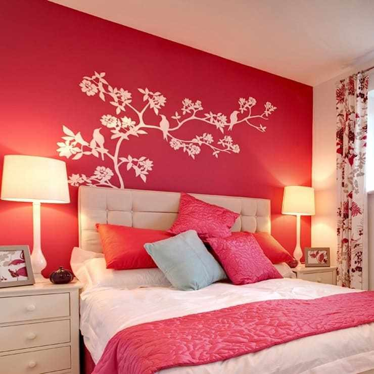 Best 14 Ways To Decorate Your Bedroom Walls With Pictures