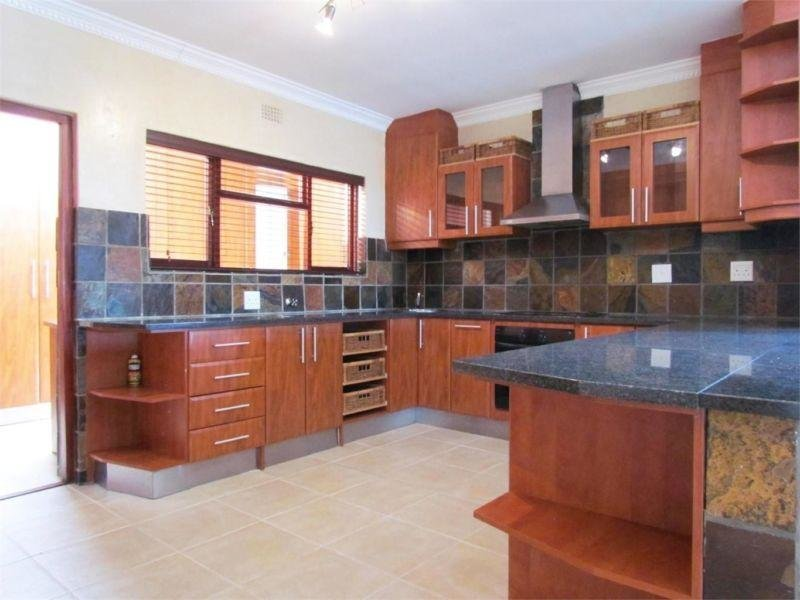 Best 2 Bedroom Flat To Let In Durban 01 Feb 2017 With Pictures