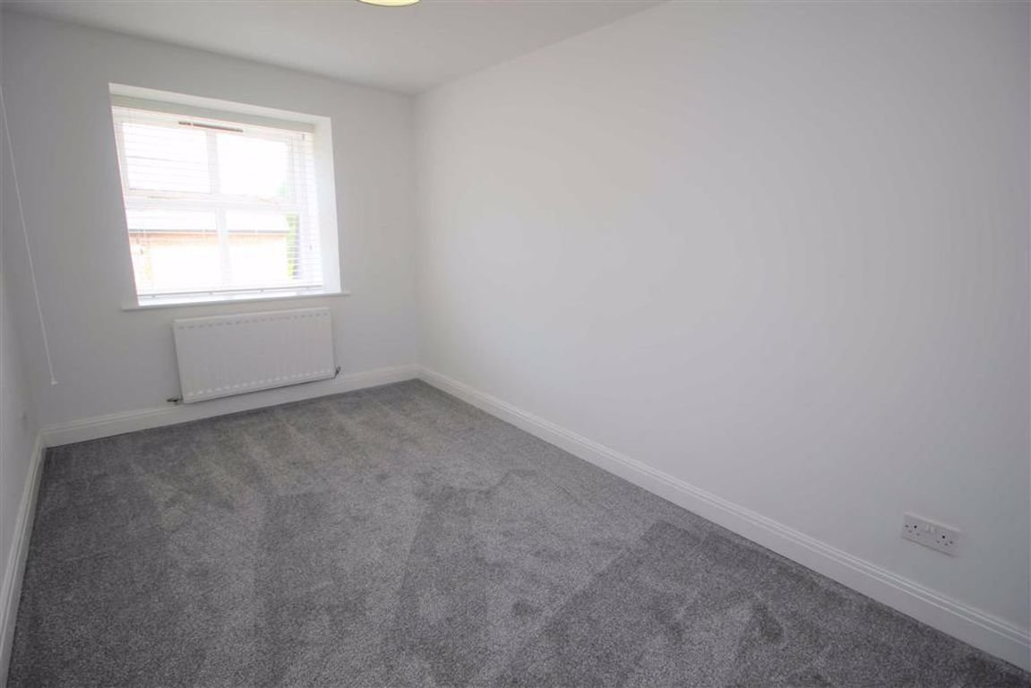 Best 2 Bedroom Apartment Flat To Rent In Fulwood Preston Pr2 With Pictures