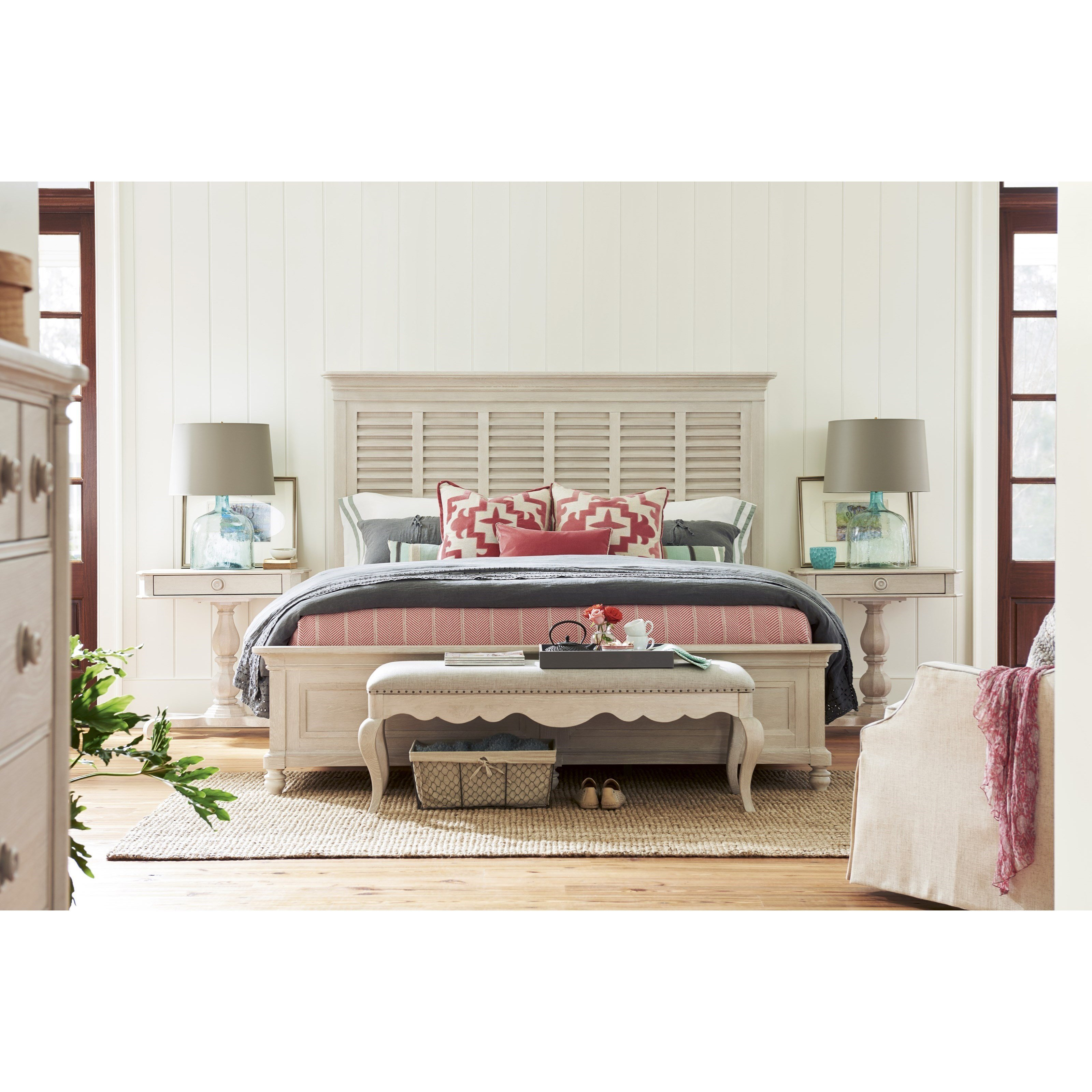 Best Paula Deen By Universal Bungalow Cottage King Bedroom With Pictures
