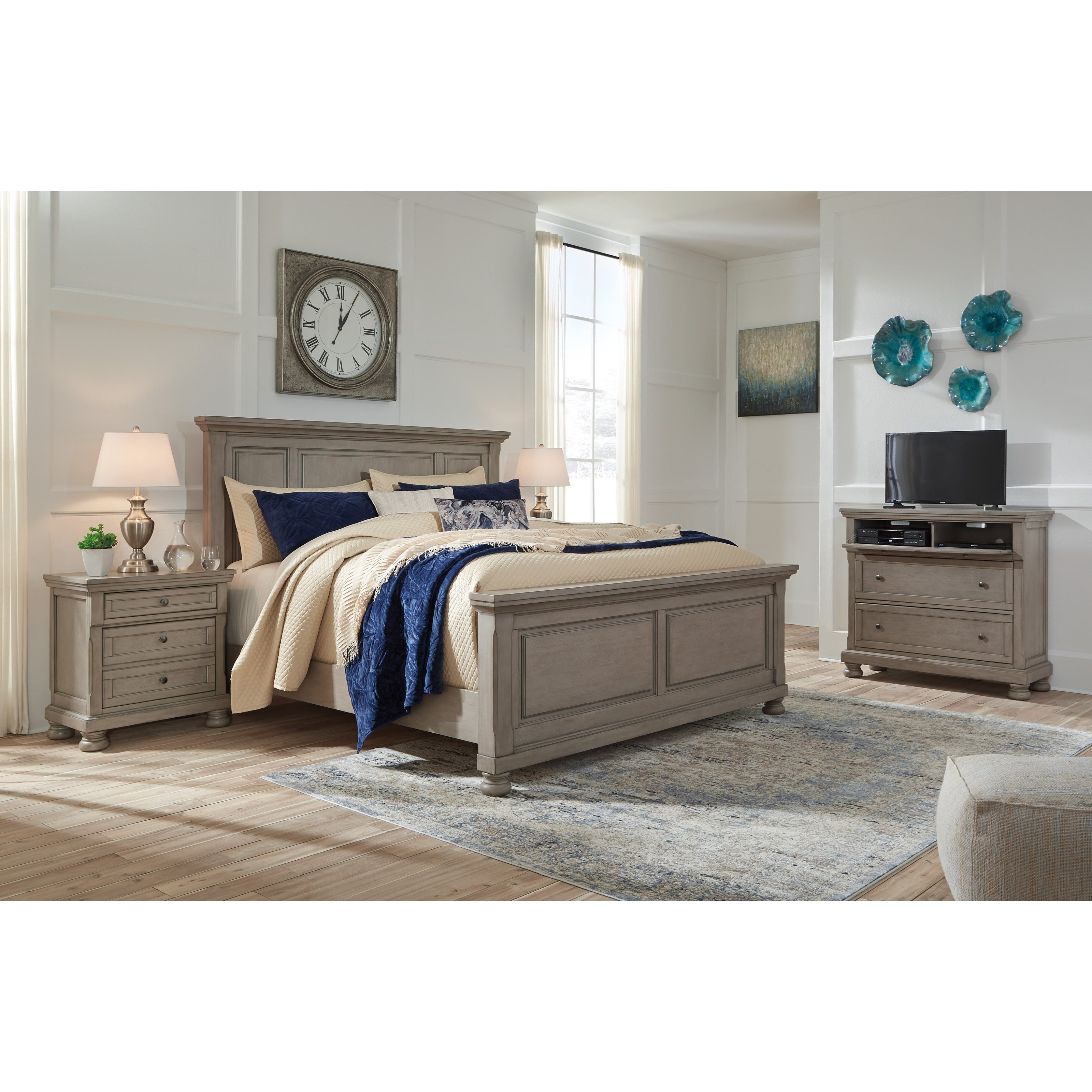 Best Signature Design By Ashley Lettner Queen Bedroom Group With Pictures