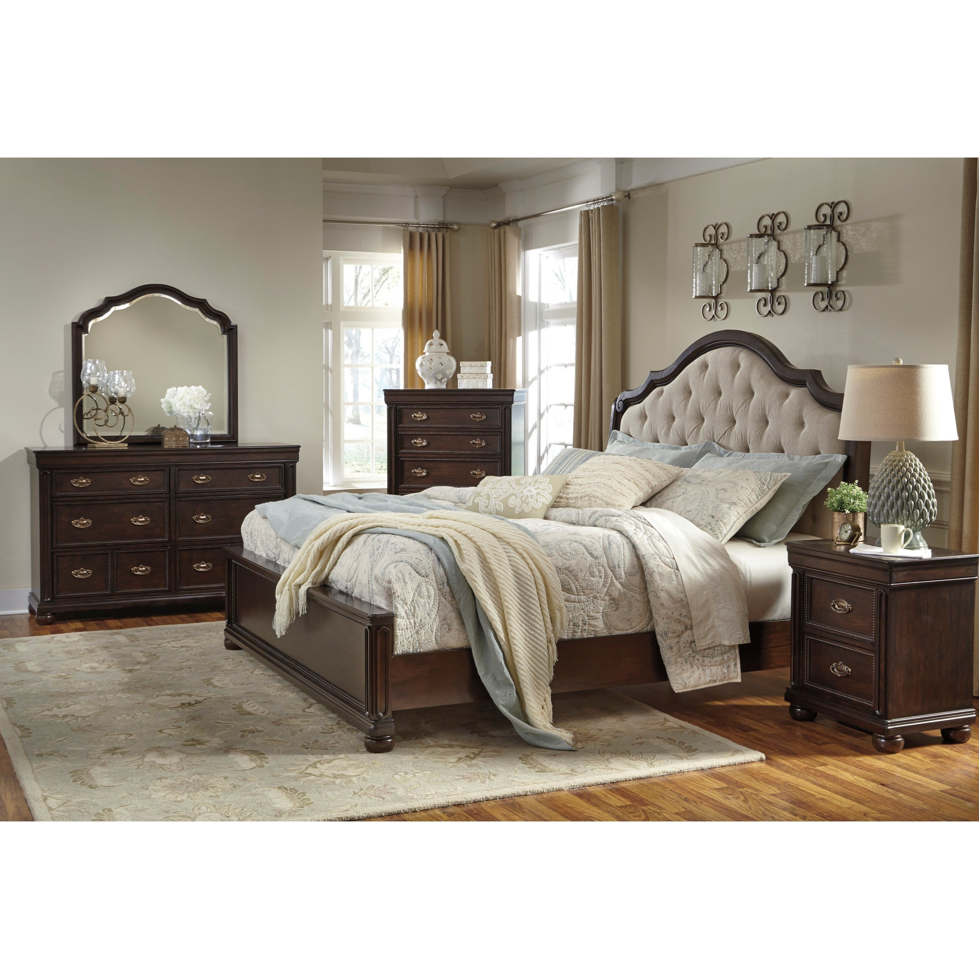 Best Signature Design By Ashley Moluxy King Bedroom Group With Pictures