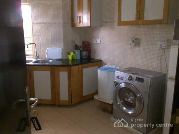 Best A 2 Bedroom Flat Located In A Serene Area Of Lekki Phase 1 Lekki Lagos Property 4 Al With Pictures