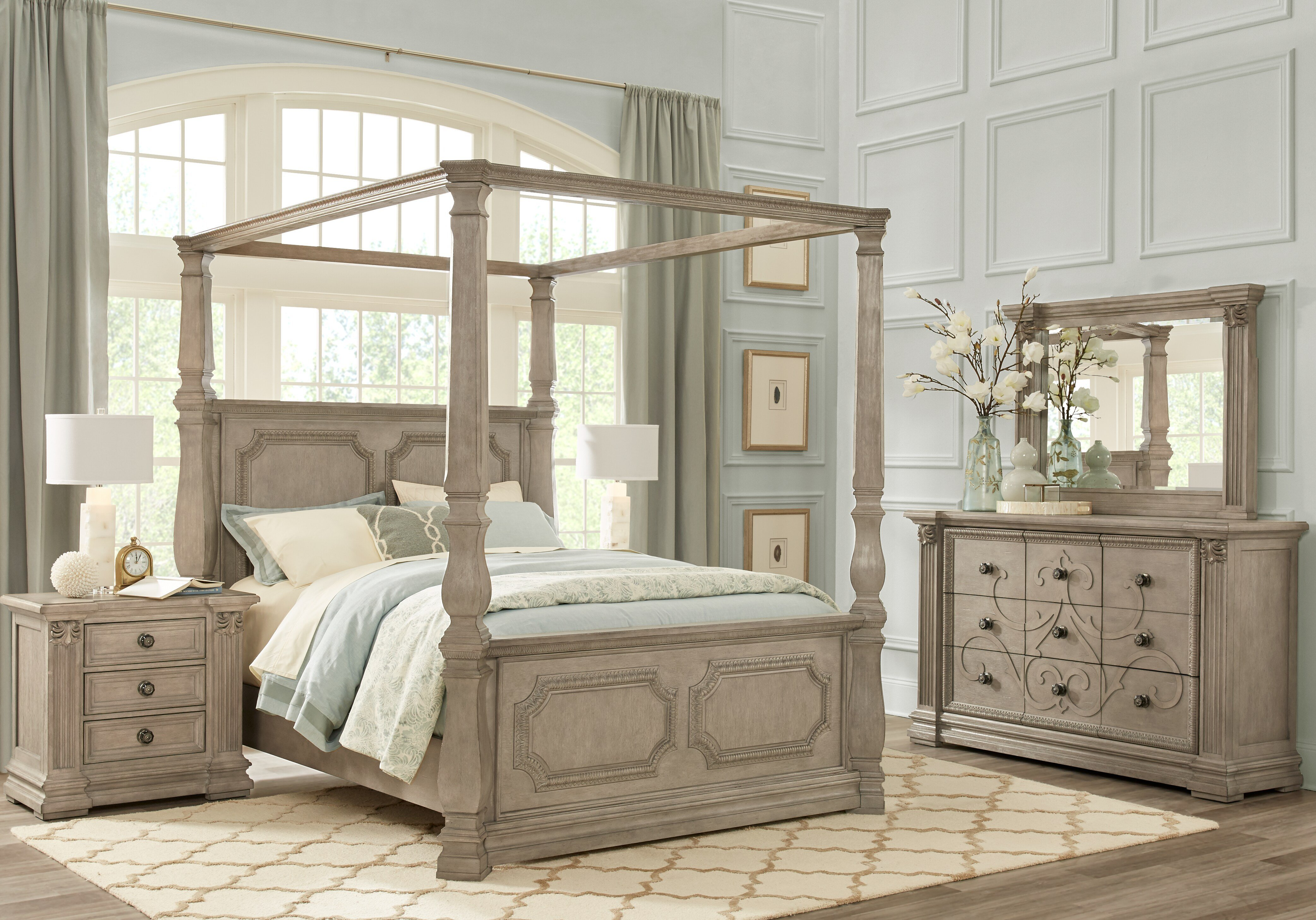 Best Havencrest Gray 7 Pc Queen Canopy Bedroom Queen Bedroom With Pictures