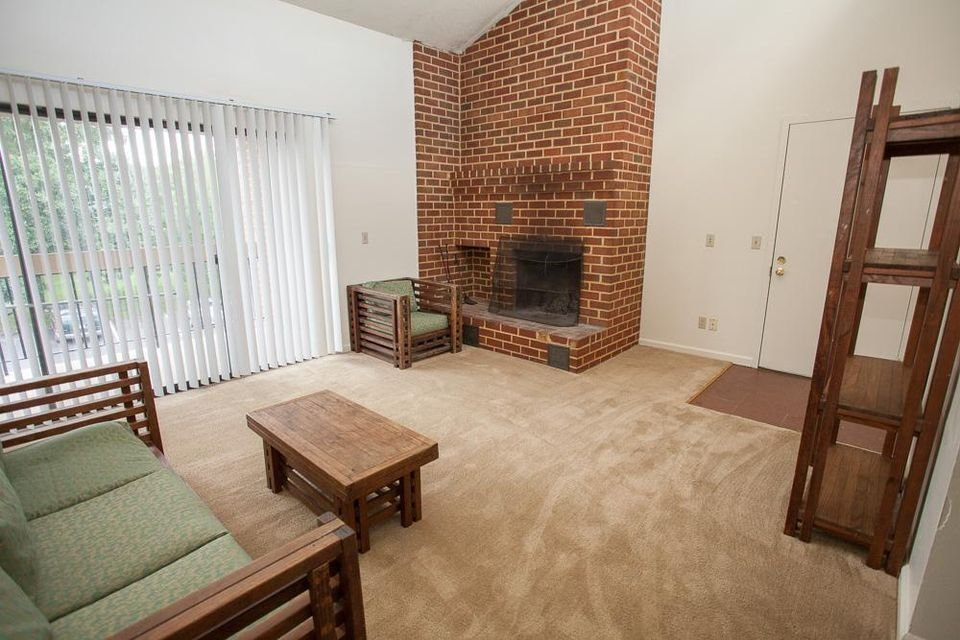 Best James Madison University Off Campus Housing Search Madison Manor 2 Bedroom Apartments 2Br With Pictures