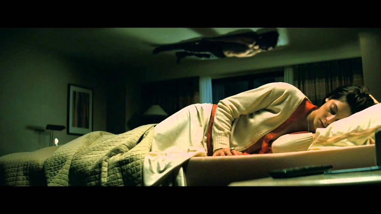 Best The Apparition Bedroom Scene Youtube With Pictures