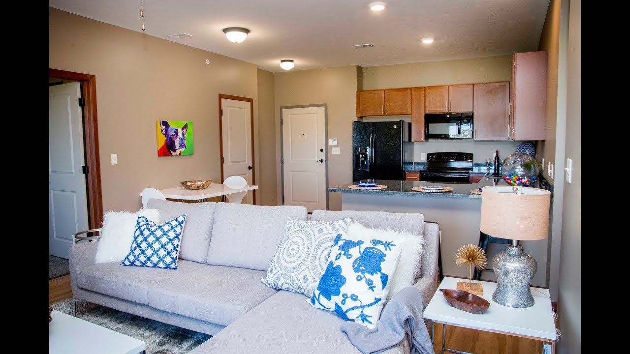 Best 2 Bedroom Apartment W Heated Parking And Washer Dryer With Pictures