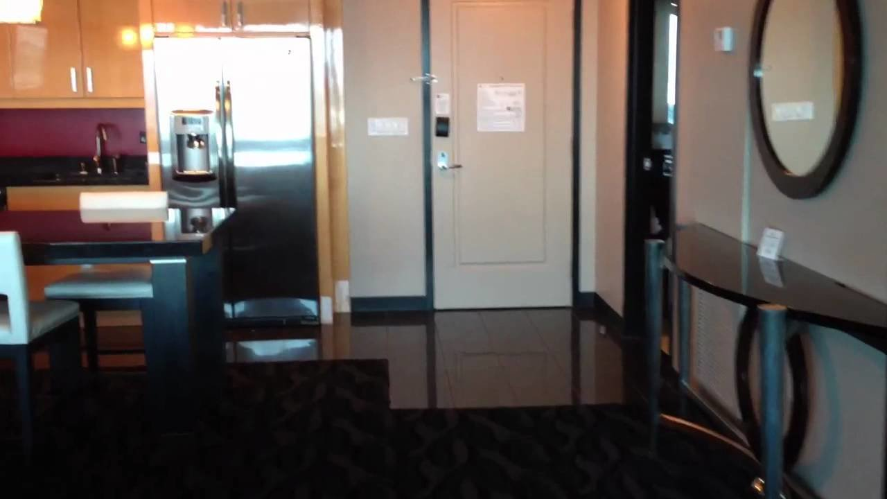 Best Elara A Hilton Grand Vacations Club Las Vegas One Bedroom With Pictures