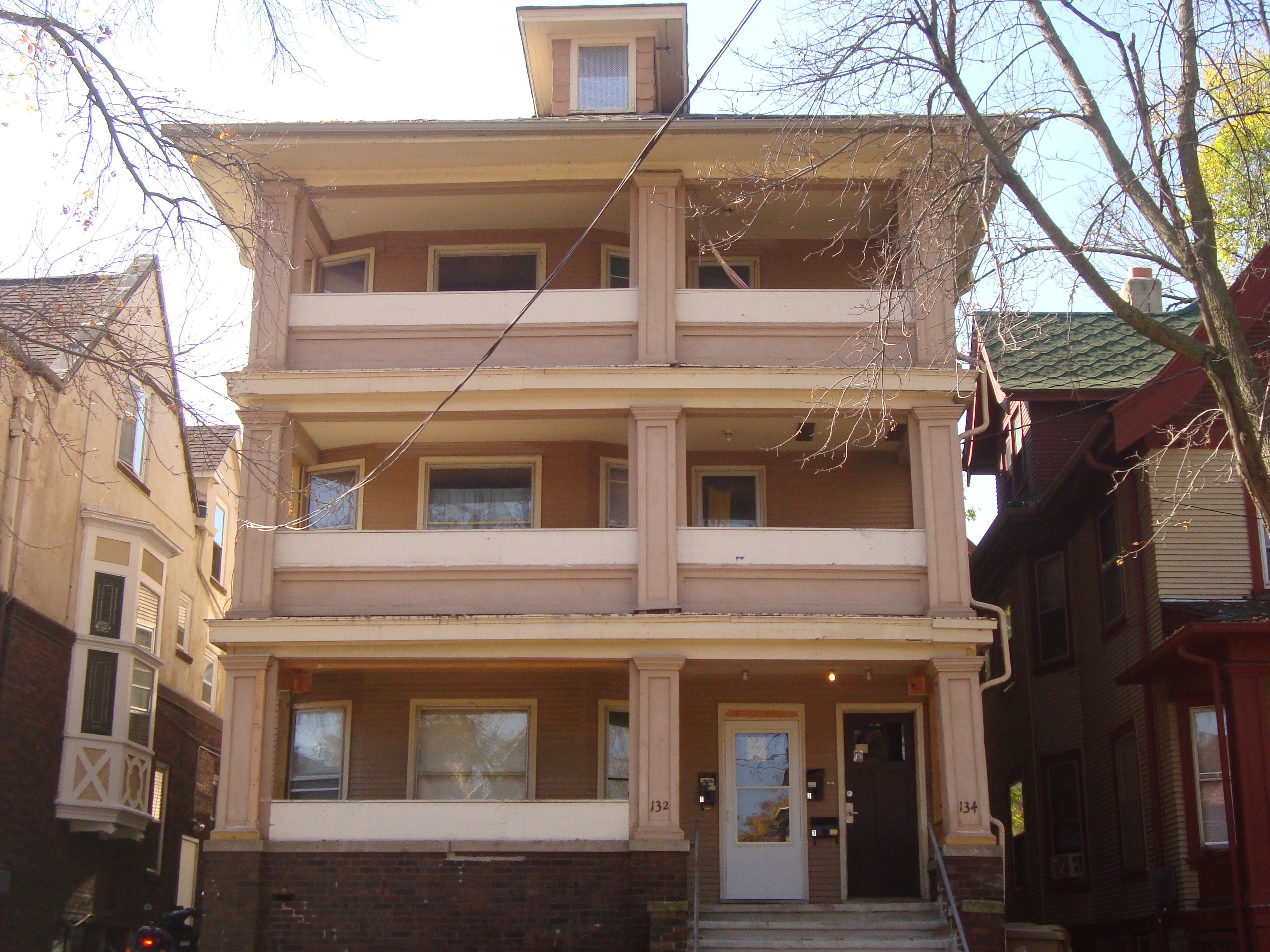 Best 134 N Butler Street 3 Apartments For Rent In Madison Wi With Pictures