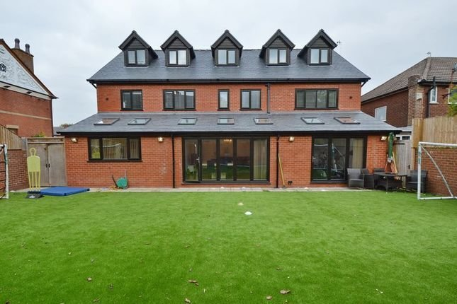 Best Radcliffe New Road Whitefield Manchester M45 5 Bedroom With Pictures