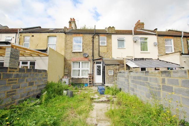 Best Stevenage Road East Ham E6 3 Bedroom Terraced House For Sale 45086355 Primelocation With Pictures
