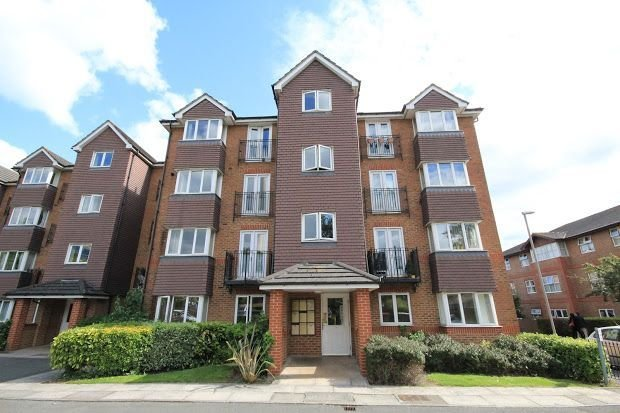Best 2 Bed Flat To Rent In Jemmett Close Kingston Upon Thames With Pictures