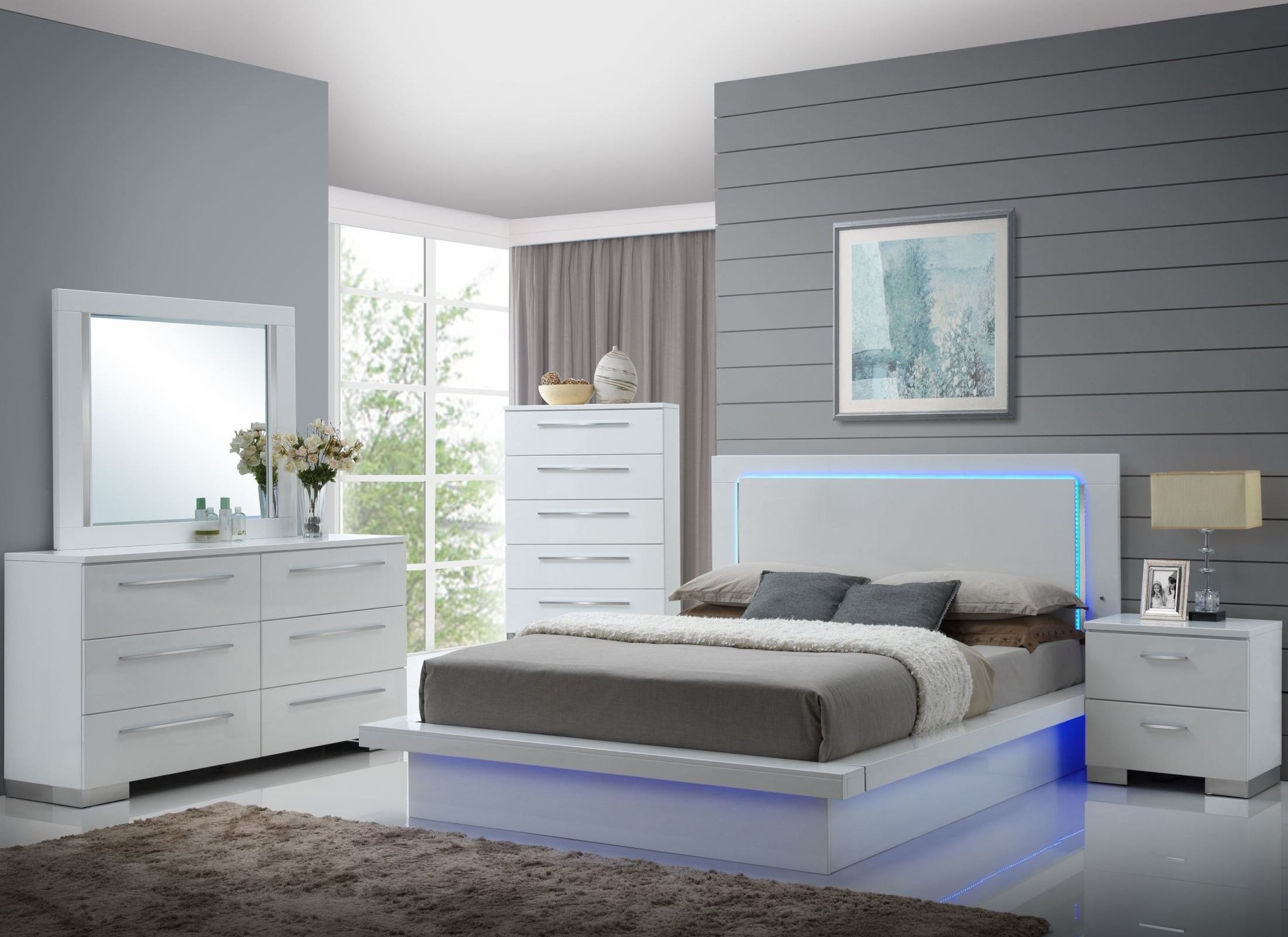 Best Sapphire High Gloss White Laminate Platform Bedroom Set With Pictures