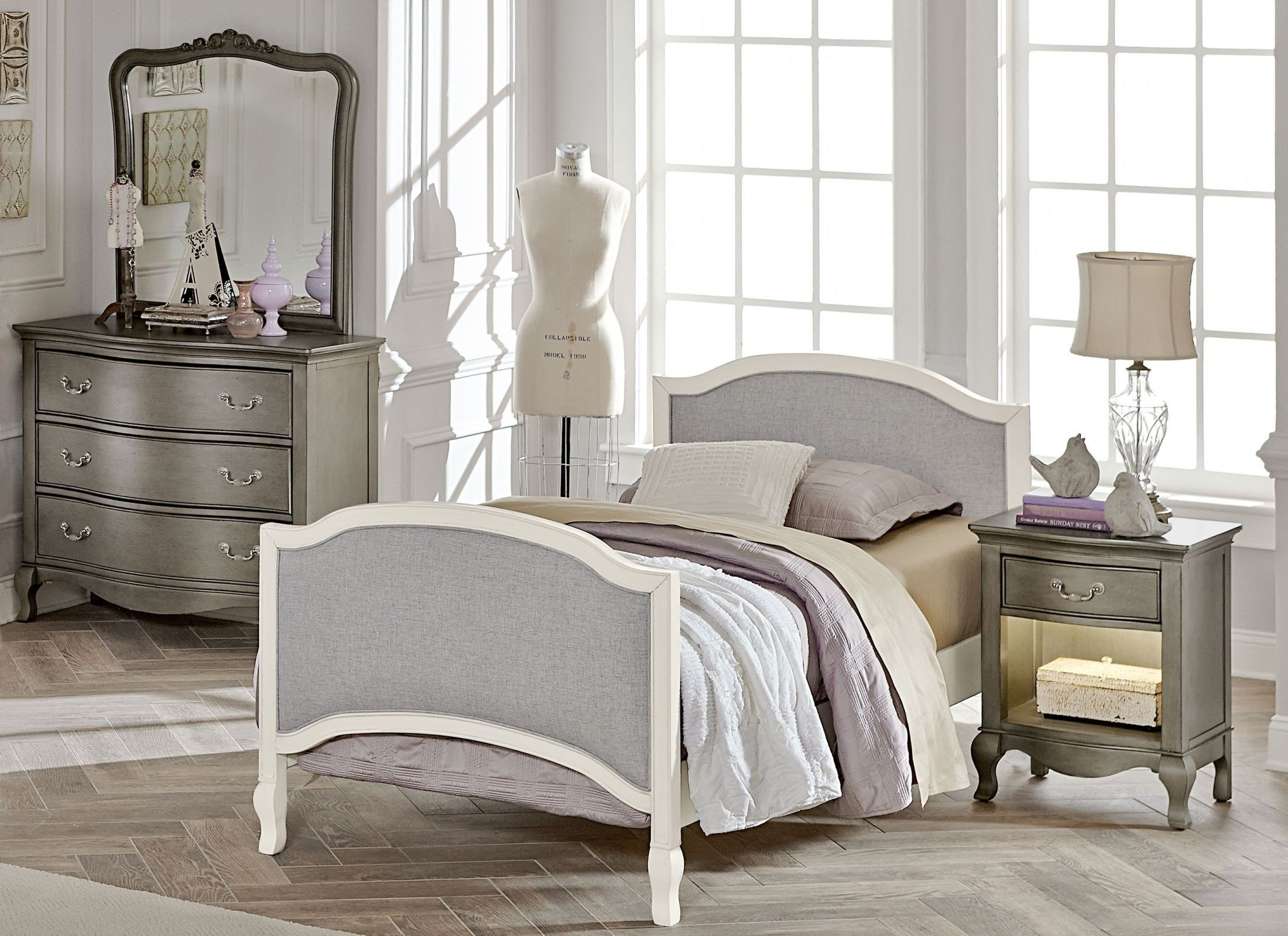 Best Kensington Antique White Victoria Youth Panel Bedroom Set From Ne Kids Coleman Furniture With Pictures