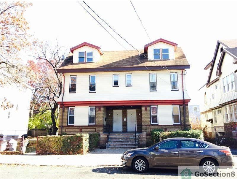 Best 100 Goodwin Ave 1 Newark Nj 07112 3 Bedroom Apartment For Rent For 1 495 Month Zumper With Pictures