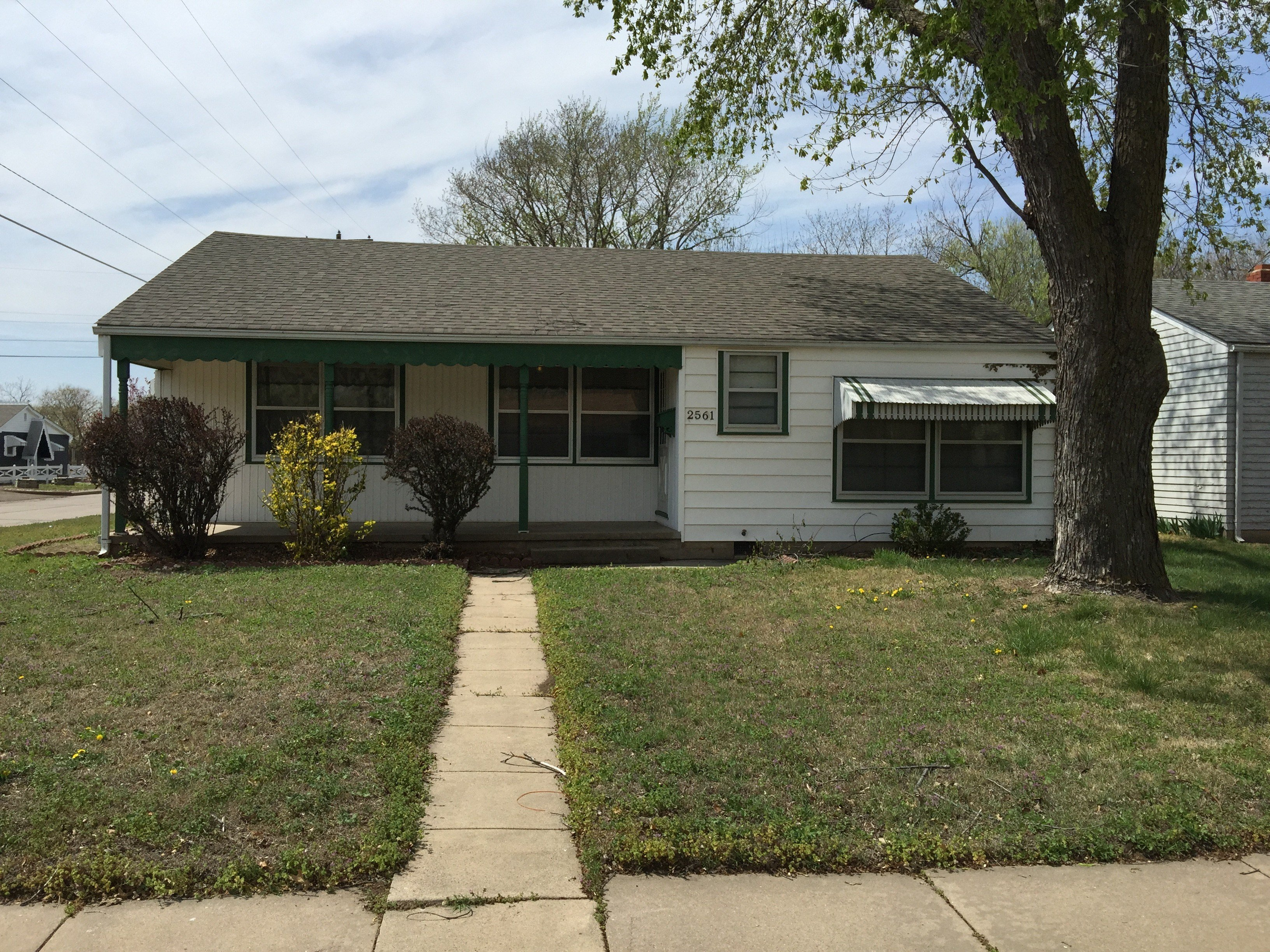 Best 2561 S Greenwood St Wichita Ks 67216 3 Bedroom With Pictures