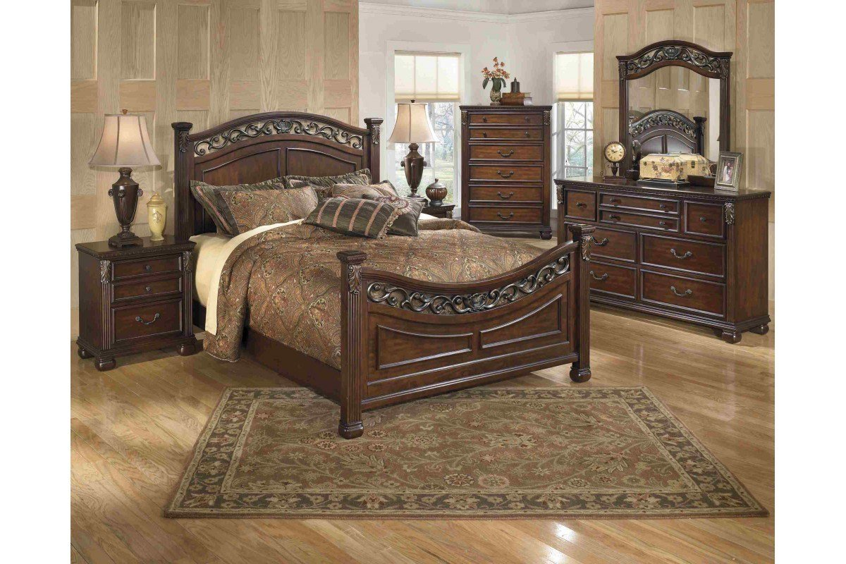 Best Bedroom Sets Leahlyn King Bedroom Set Newlotsfurniture With Pictures