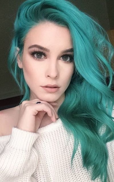 Free 30 Teal Hair Dye Shades And Looks With Tips For Going Teal Wallpaper
