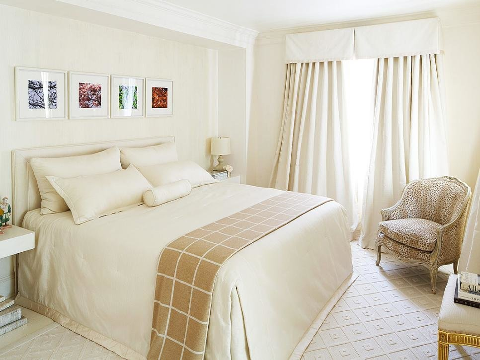 Best 10 Designs For Small Bedrooms Hgtv With Pictures