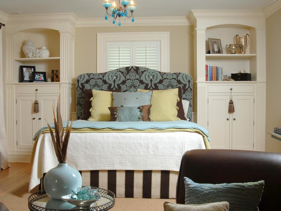 Best 5 Expert Small Bedroom Storage Ideas Hgtv With Pictures