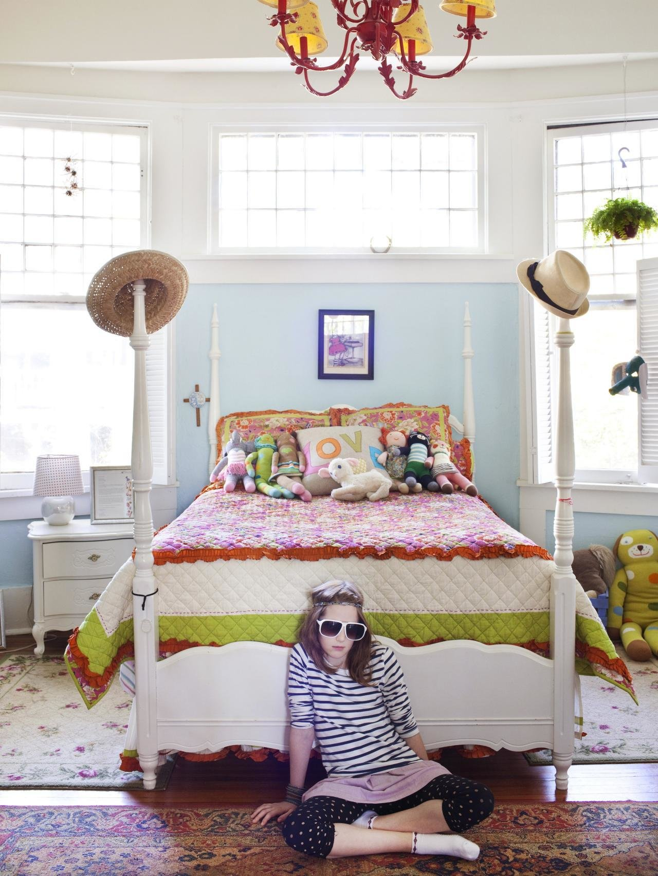 Best Smart Tween Bedroom Decorating Ideas Hgtv With Pictures