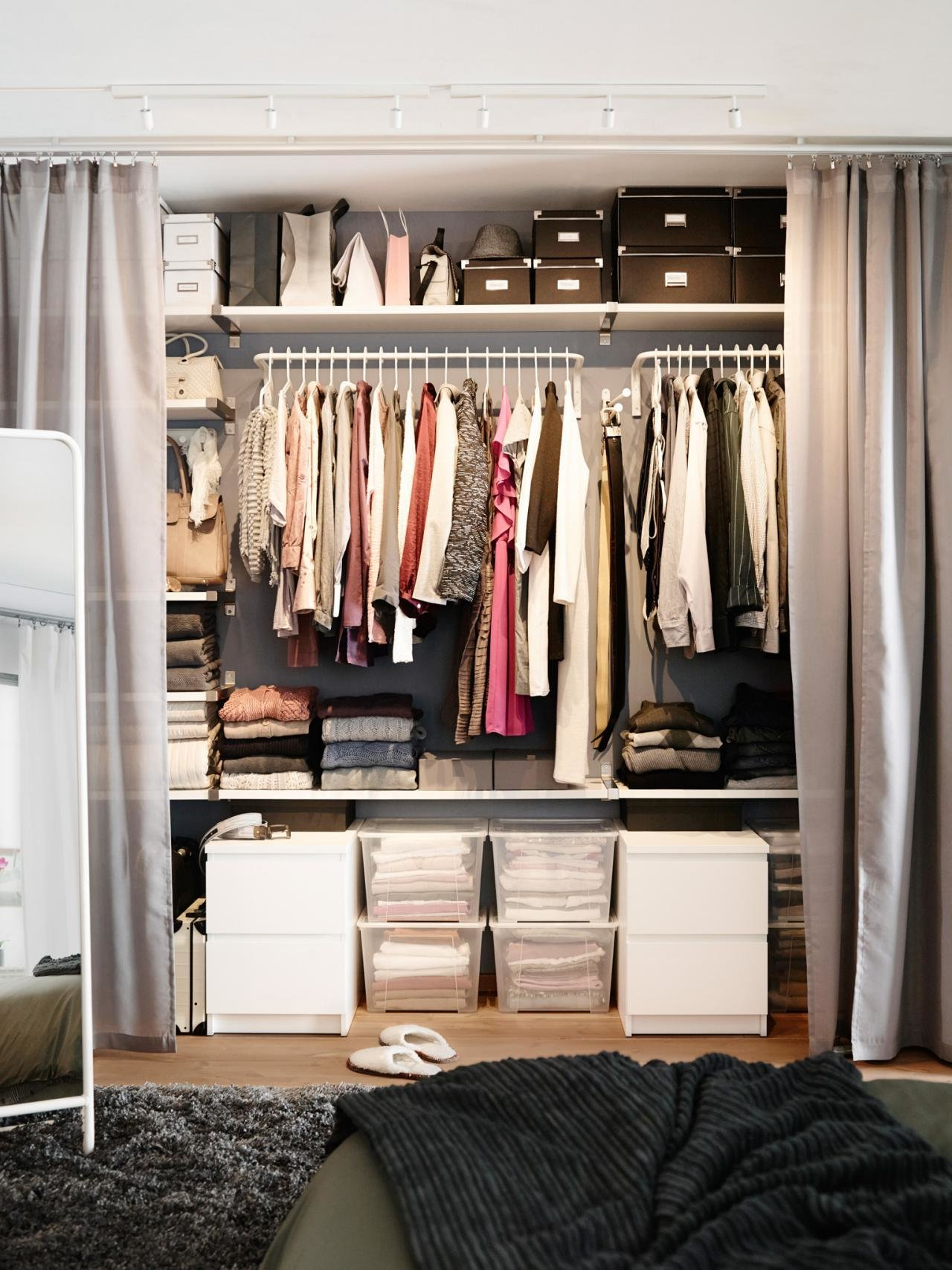 Best The Ultimate 1 Hour Closet Cleanse Hgtv S Decorating With Pictures