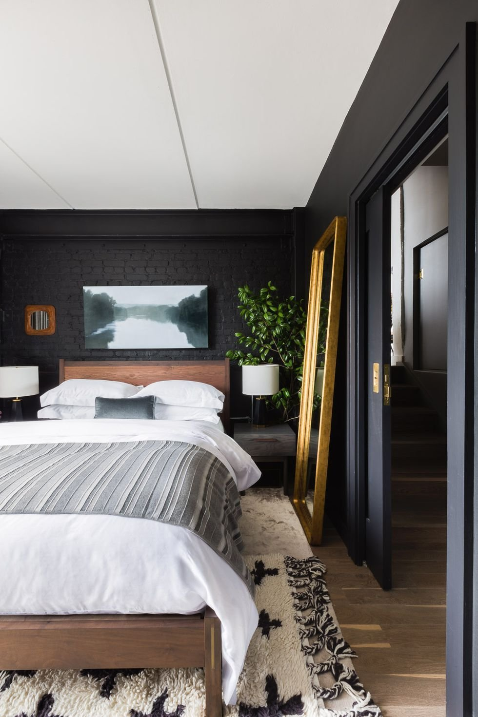 Best 35 Black Room Decorating Ideas How To Use Black Wall Paint Decor With Pictures