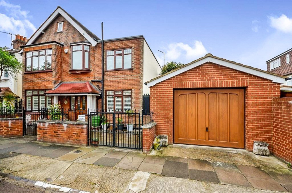 Best 4 Bedroom Detached House For Sale In Elm Road Sw14 London With Pictures