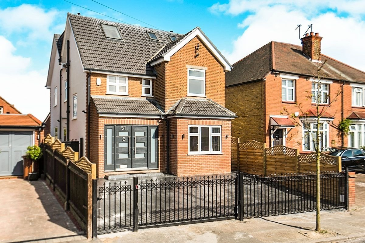 Best 5 Bedroom Detached House For Sale In Wood Lane Isleworth With Pictures