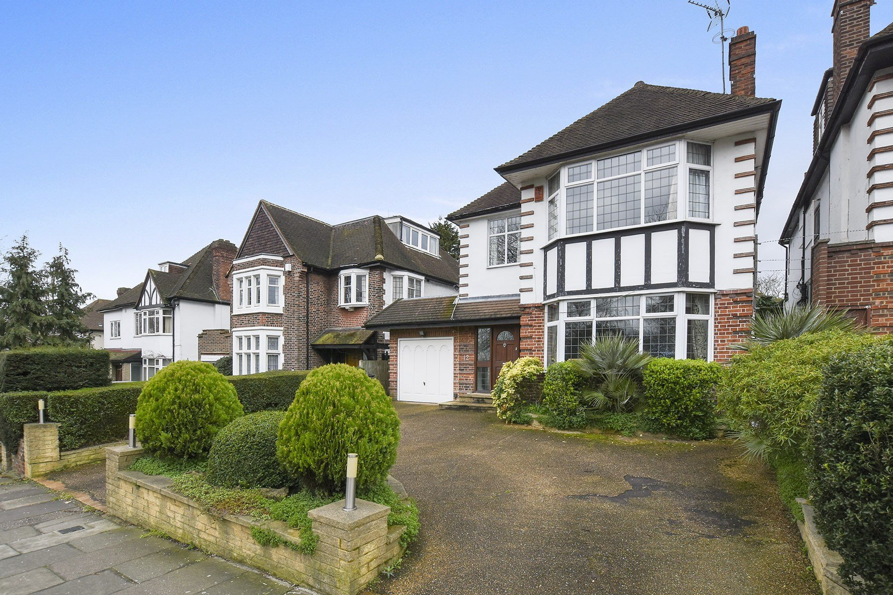 Best 4 Bedroom Detached House For Sale In Powys Lane Southgate N14 London With Pictures