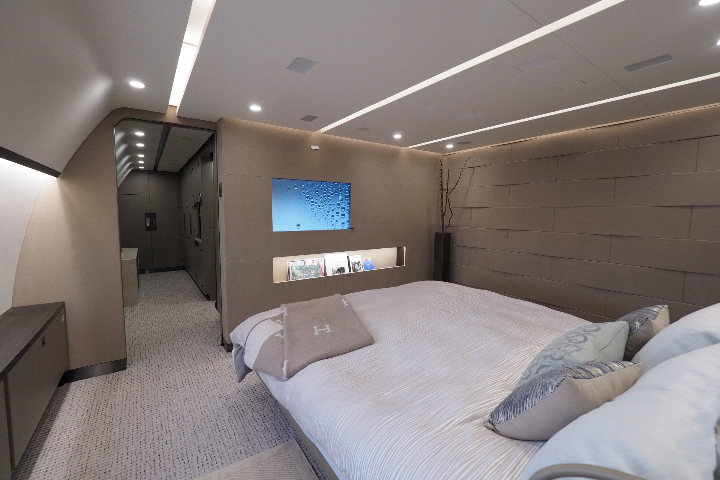 Best This Private Dreamliner Is The Ultimate 300 Million With Pictures