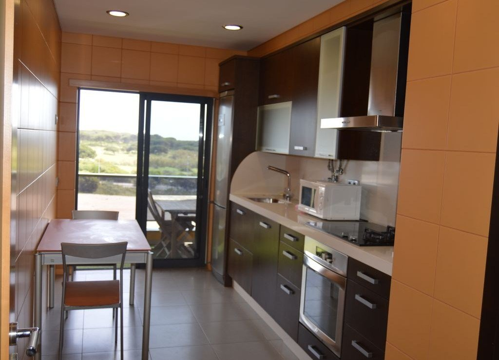 Best Lovely Spacious 2 Bedroom Apartment In Quarteira Algarve With Pictures