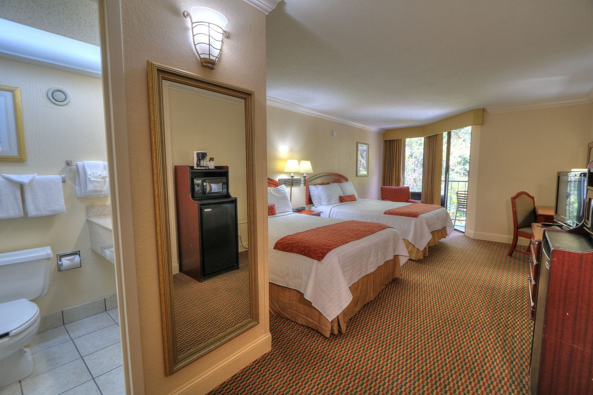 Best Choose From Many Luxurious Hotel Rooms In Gatlinburg Tn With Pictures