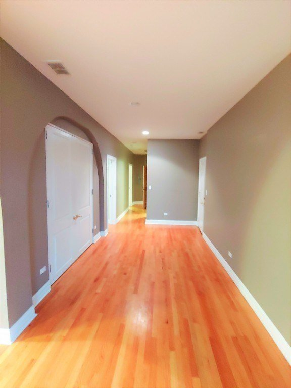 Best Xxl Andersonville 2 Bedroom 2 Bath Condo Condo For Rent With Pictures