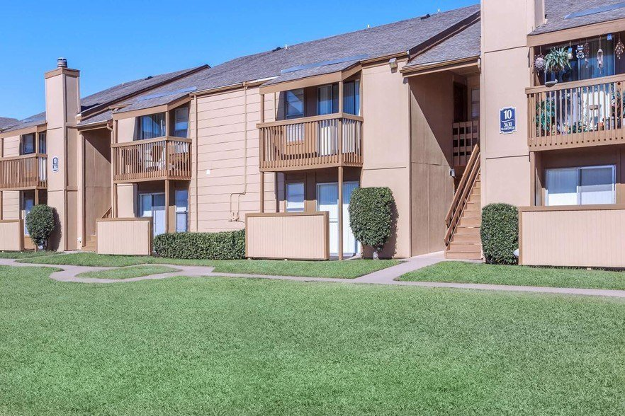 Best Lakewood Park Apartments Rentals Tulsa Ok Apartments Com With Pictures