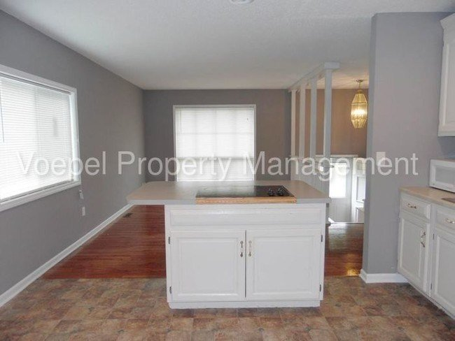 Best 3 Bedroom 2 Bath South Kc Rental Home House For Rent In With Pictures