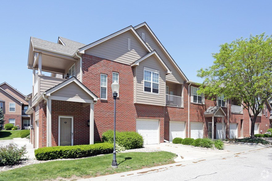 Best Tradition By Broadmoor Rentals Omaha Ne Apartments Com With Pictures