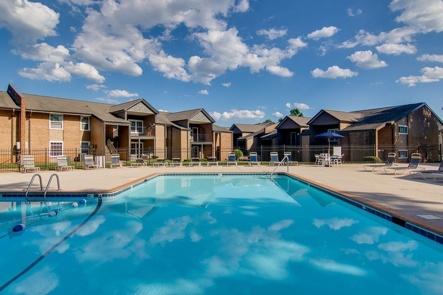 Best Central Pointe Apartment Homes Rentals Charlotte Nc With Pictures