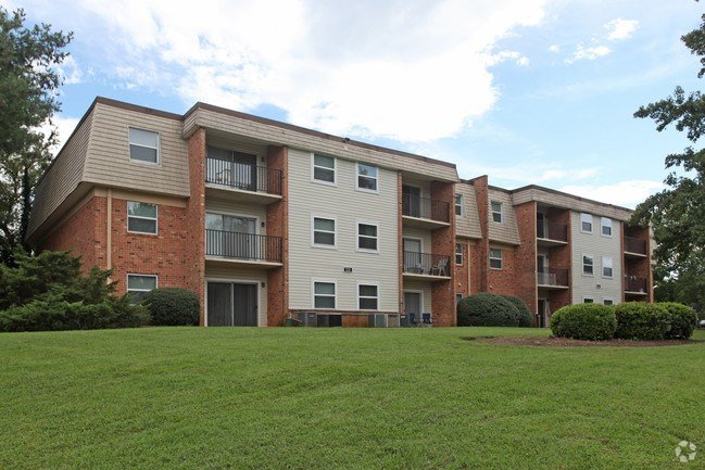 Best Sterlingwood Apartment Homes Apartments Roanoke Va With Pictures