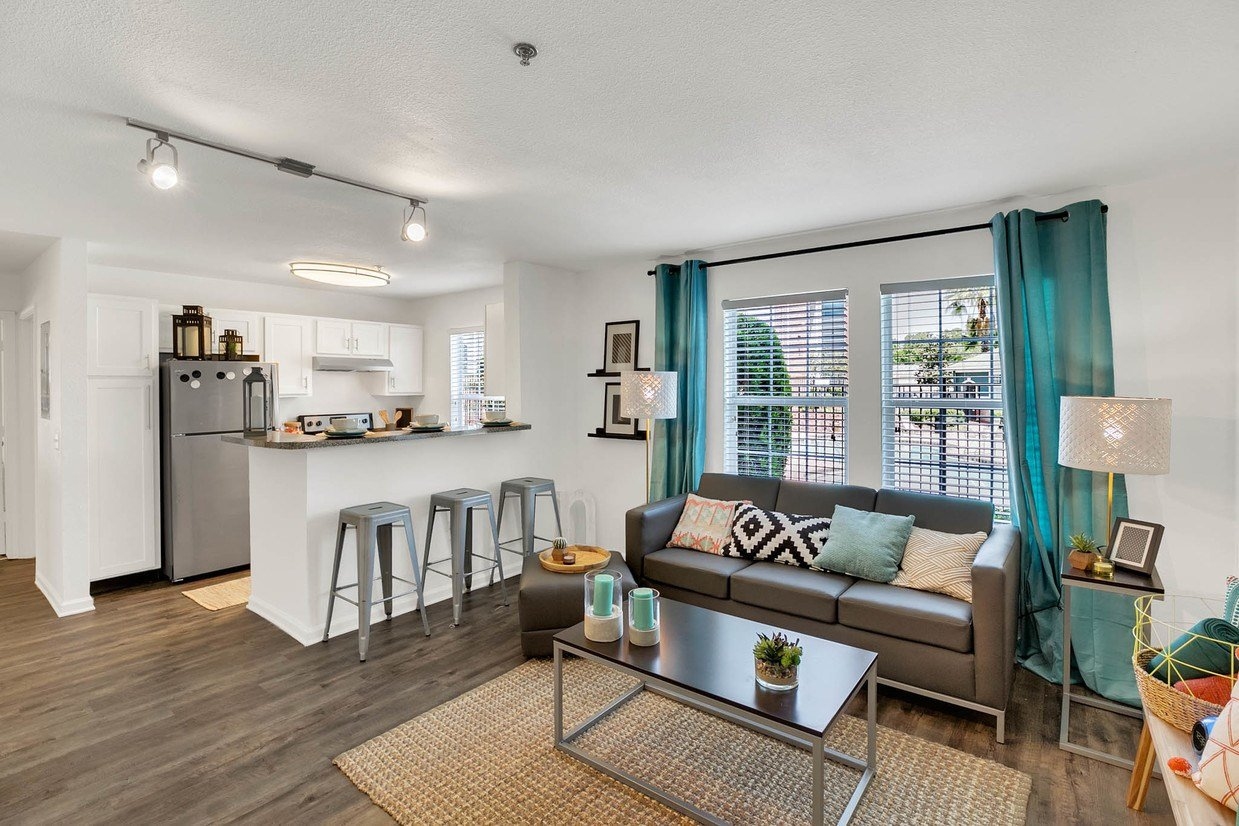 Best The Nook Student Apartments Apartments Gainesville Fl Apartments Com With Pictures