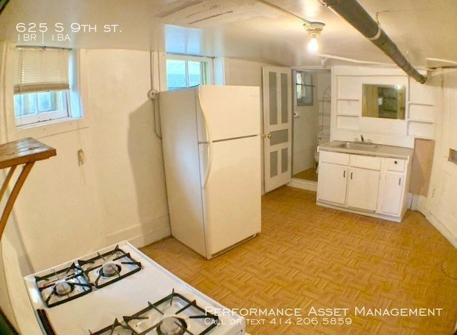 Best 1 Bedroom In Milwaukee Wi 53204 House For Rent In Milwaukee Wi Apartments Com With Pictures