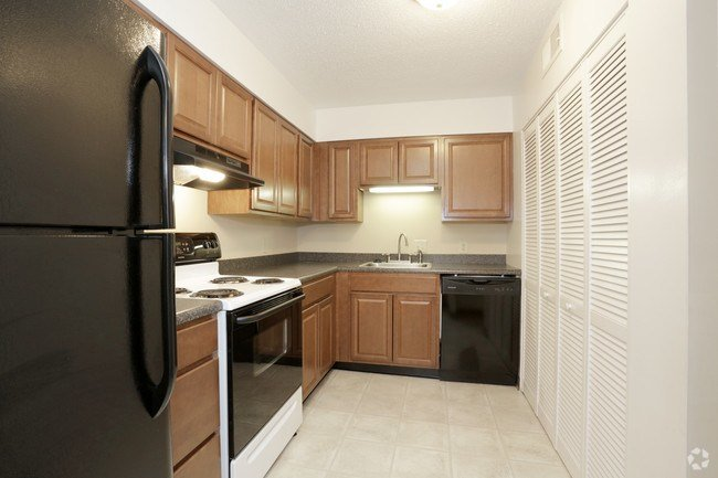 Best Lincoln Square Apartments Apartments Springfield Il With Pictures