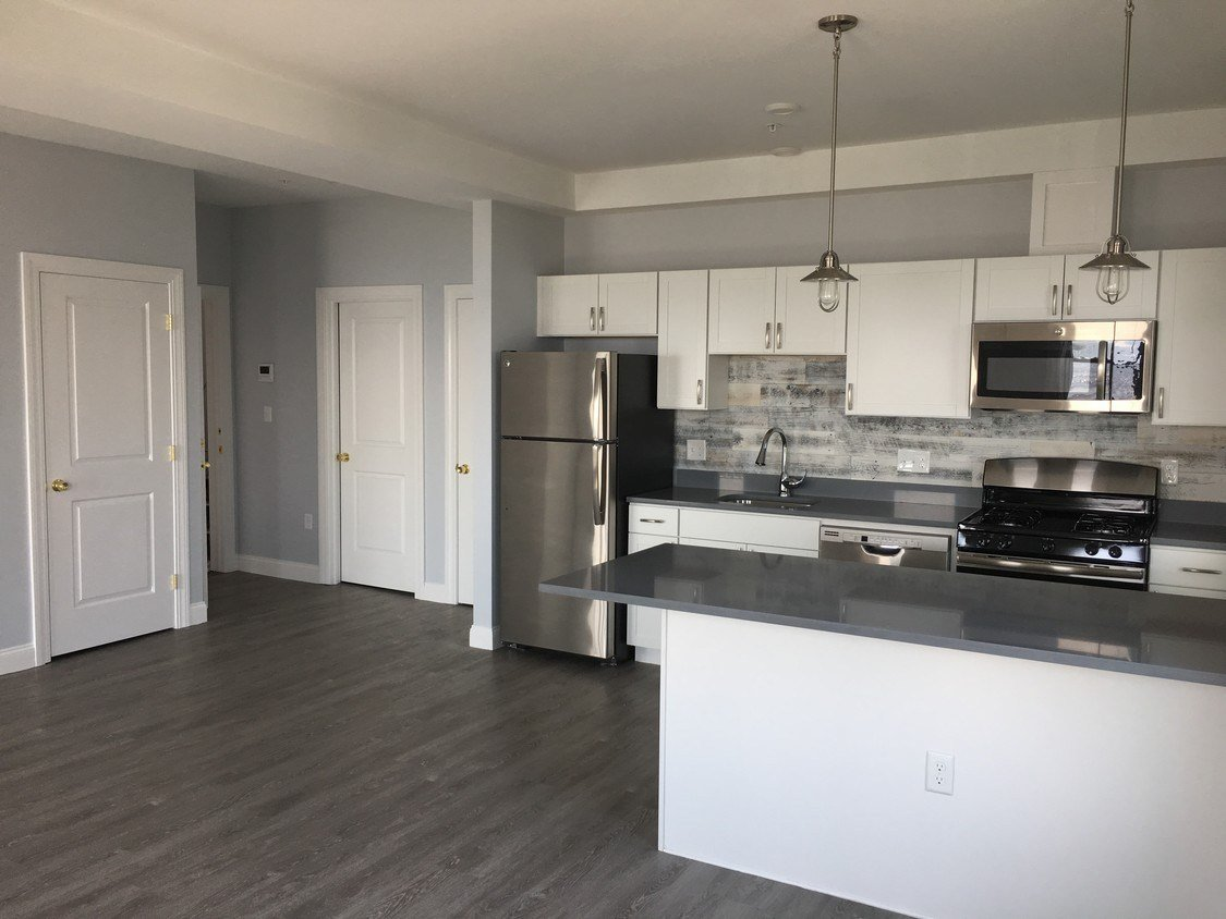 Best 11 17 Beach Road Apartments Apartments Lynn Ma With Pictures