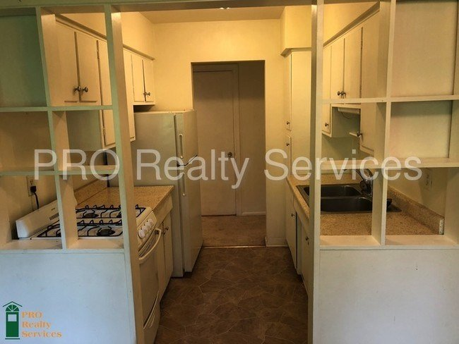 Best Two Bedroom 2Nd Floor Apartment Apartment For Rent In With Pictures