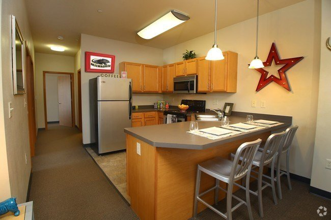 Best 3 Bedroom Apartments For Rent In Milwaukee Wi Page 2 With Pictures
