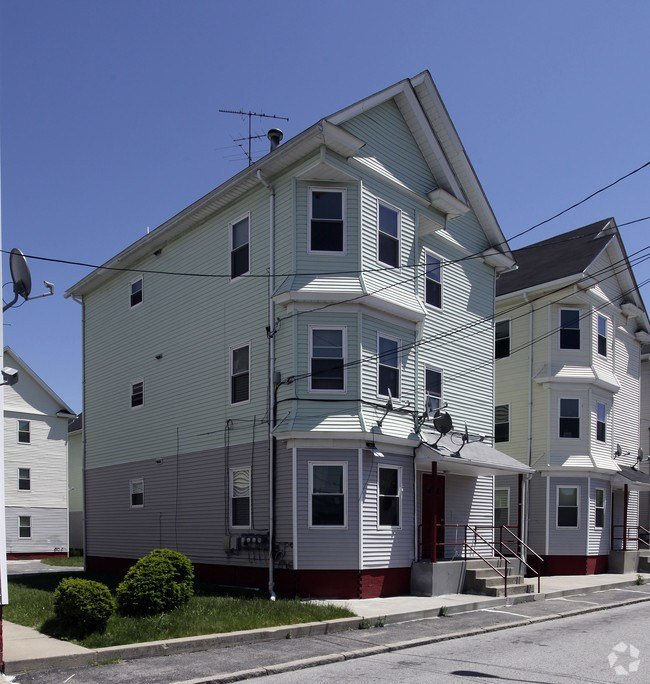Best 344 356 Thurbers Ave Providence Ri 02905 Apartments With Pictures