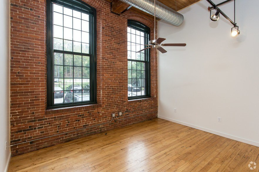 Best The River Lofts At Ashton Mill Rentals Cumberland Ri With Pictures